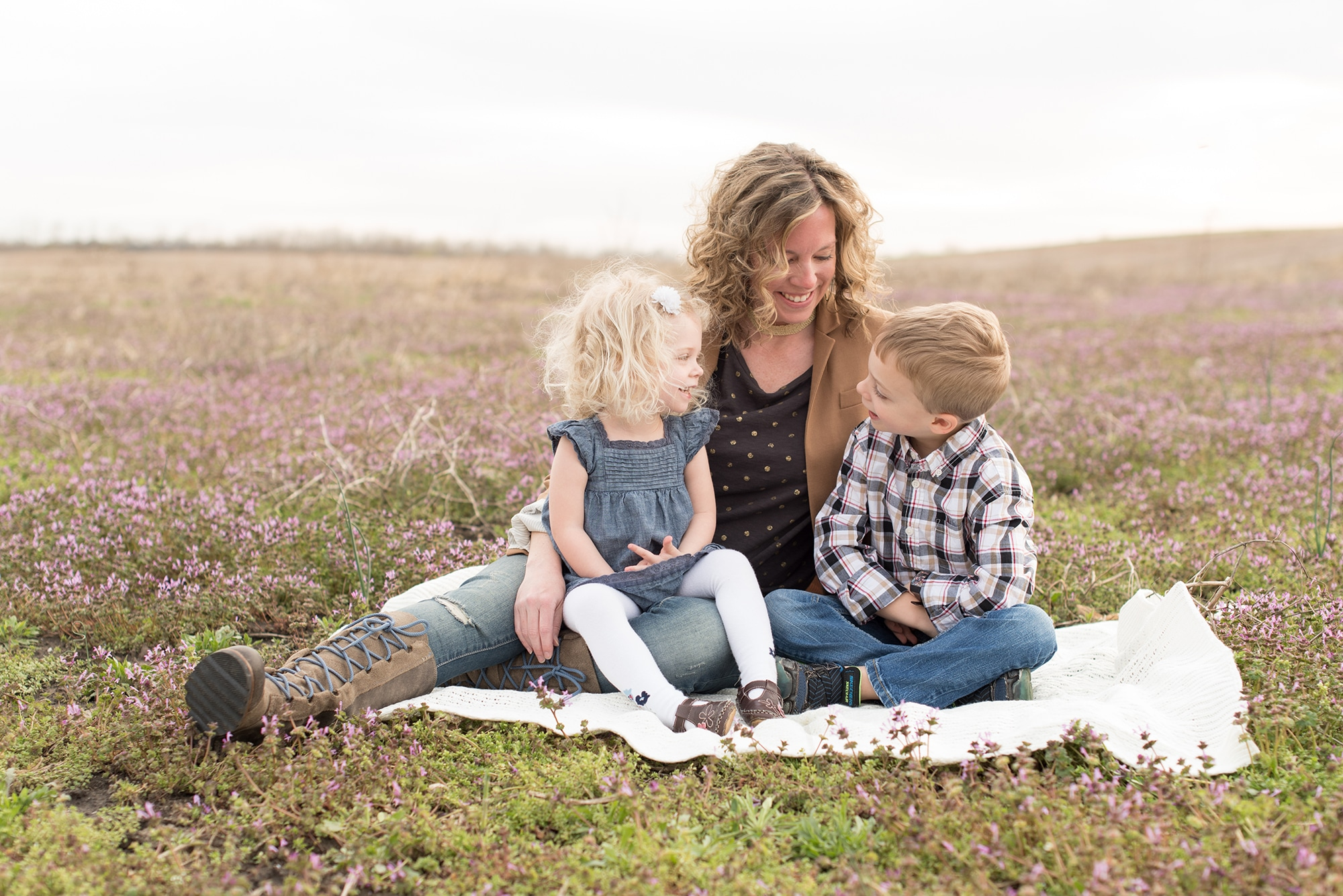 Luminant Photography | Lafayette, Indiana Photographer | Lafayette, Indiana Family Photographer | Family Photos | Family Pictures | Victoria Rayburn | Child Photographer