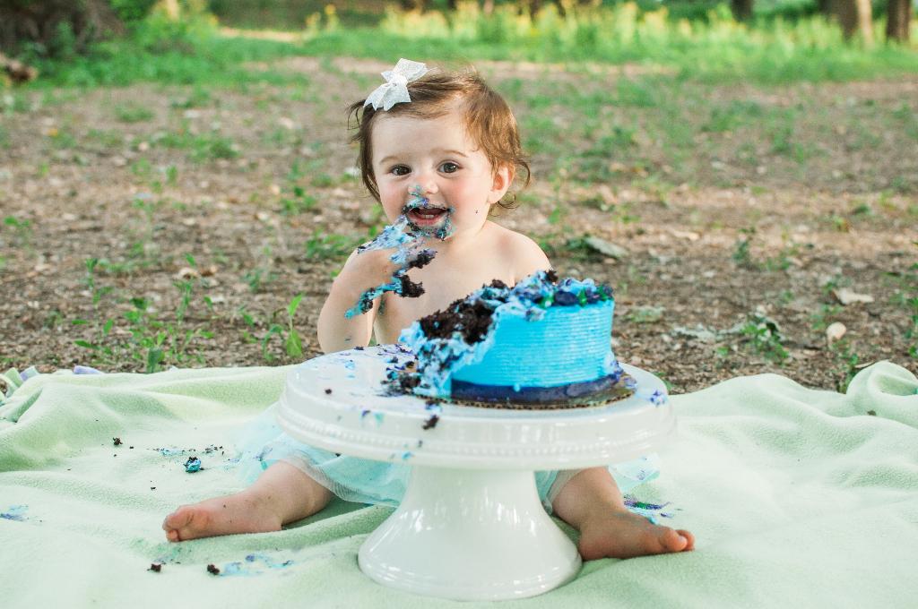 Cake Smash Photos | Lafayette, IN Photographer | Luminant Photography