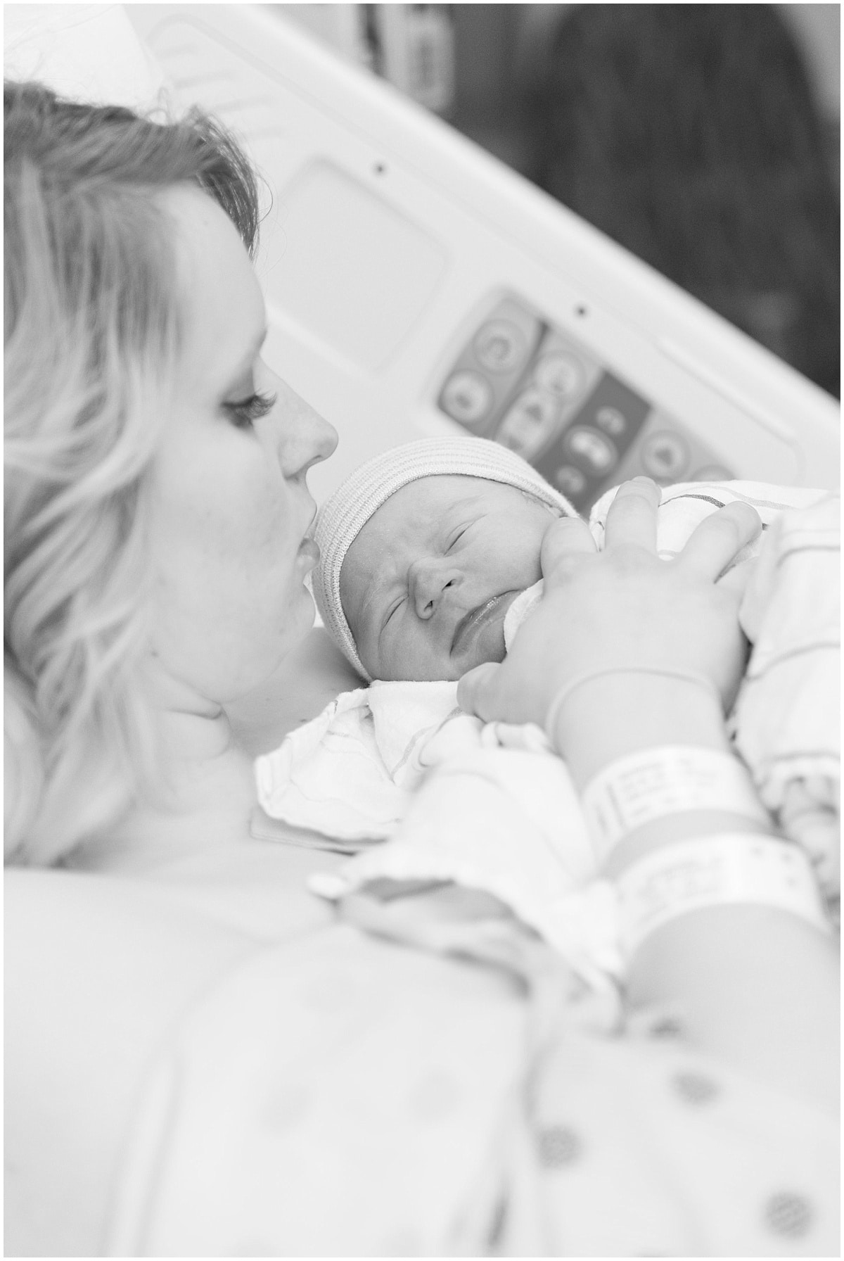 Victoria Rayburn Photography took Lukas Isenbarger's birth photos at IU Health Arnett Hospital in Lafayette, Indiana