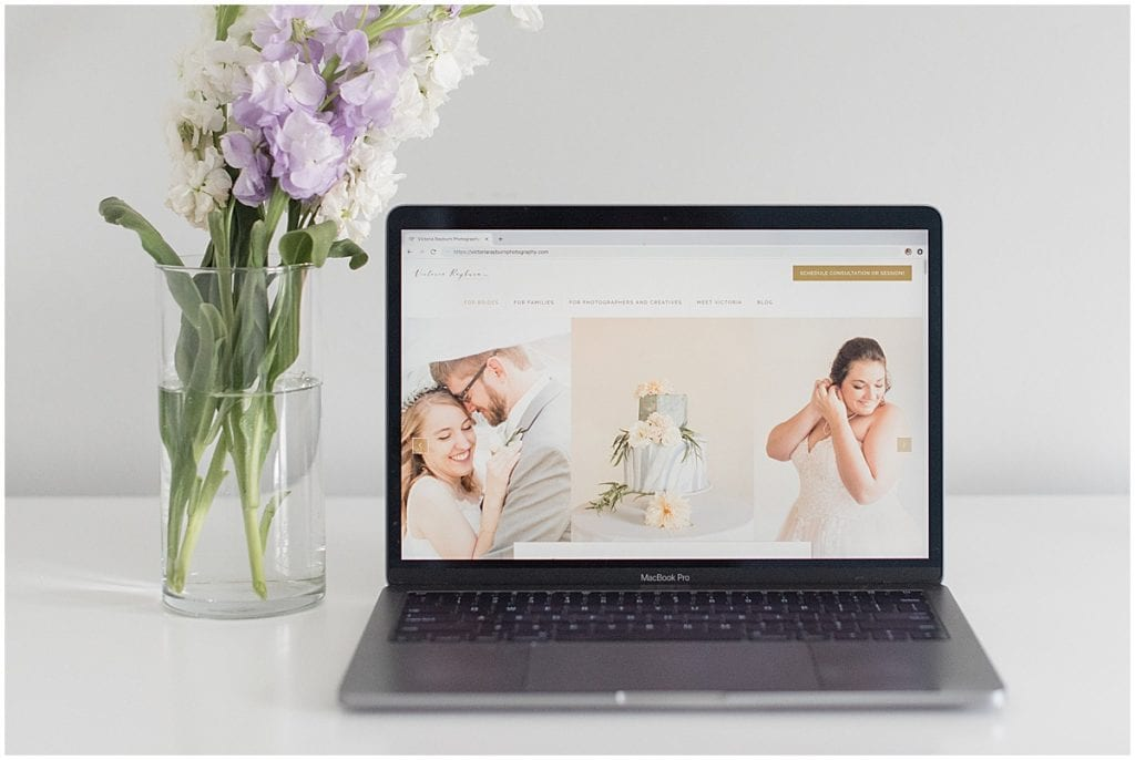You need a strong web presence to turn your side hustle into a full-time job.