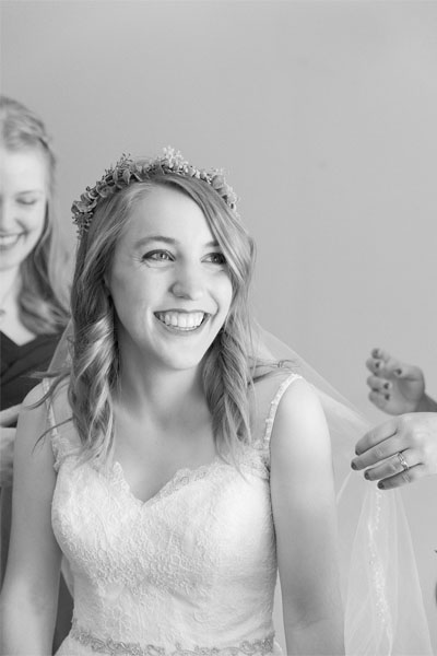 Victoria Rayburn is a wedding photographer in Lafayette, Indiana.