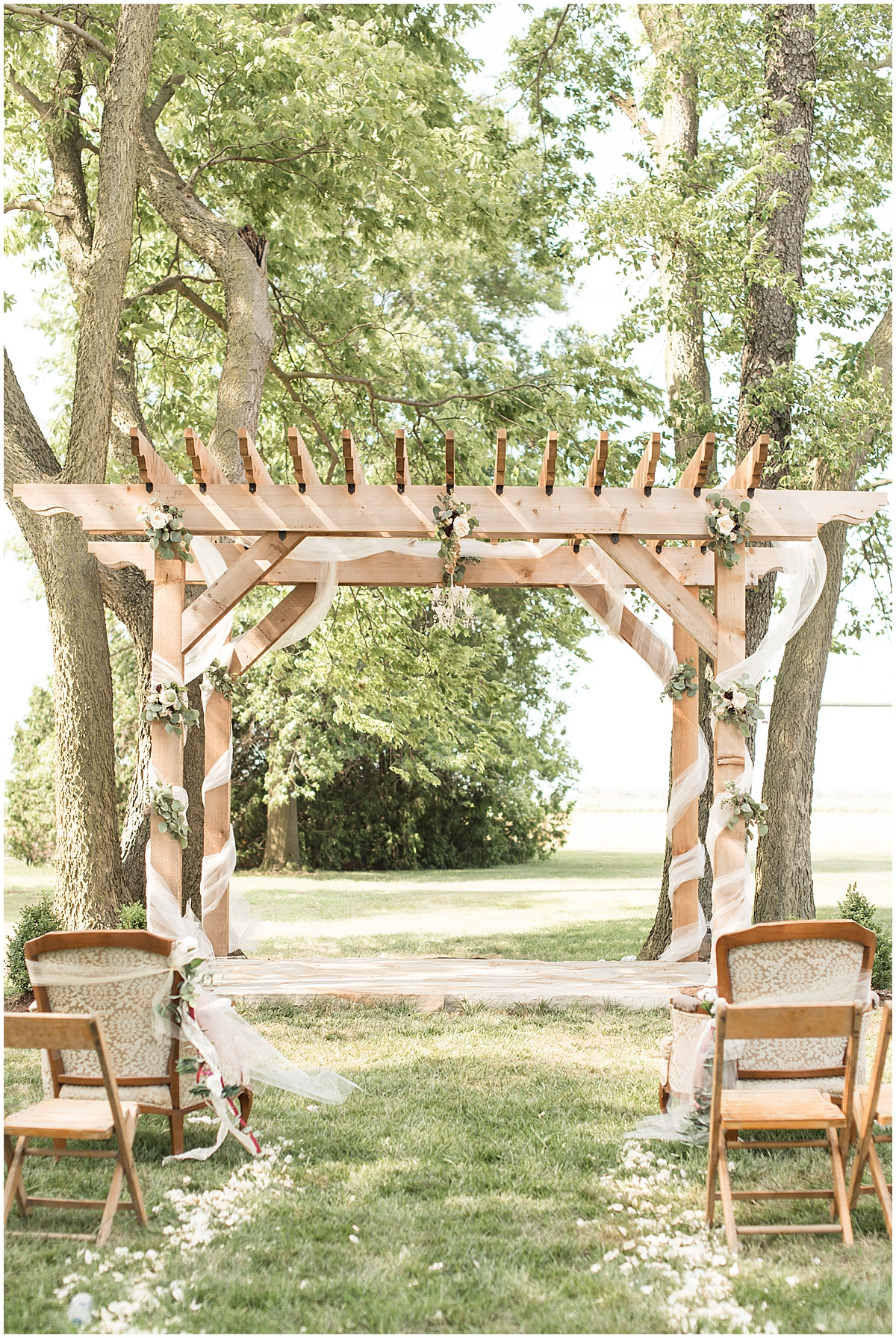 Summer Wedding at Vintage Oaks Banquet Barn in Lafayette, Indiana