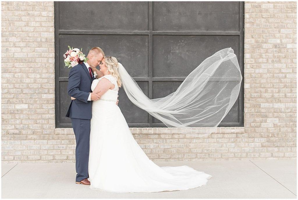 Wedding in Kokomo, Indiana photographed by Victoria Rayburn Photography