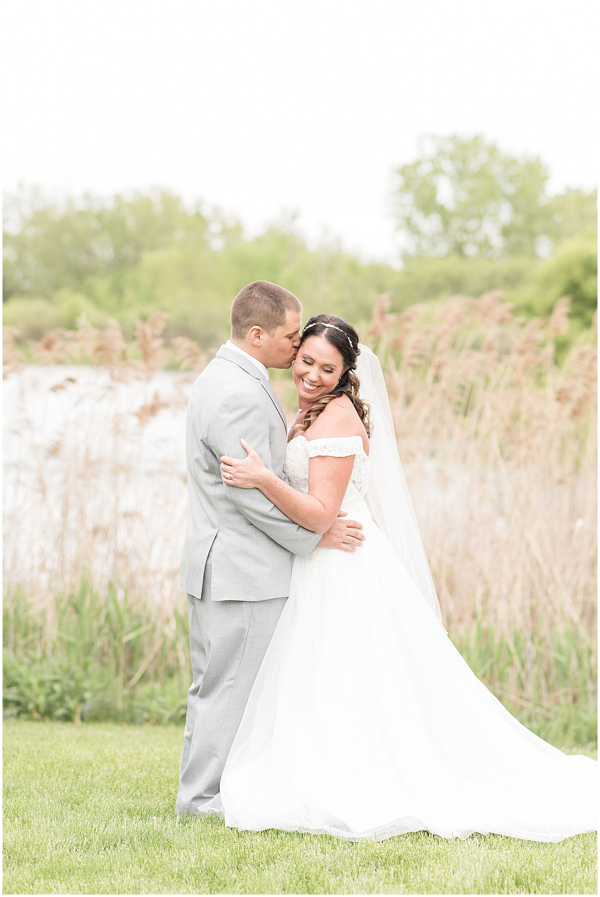 Wedding in Merrillville, Indiana photographed by Victoria Rayburn Photography