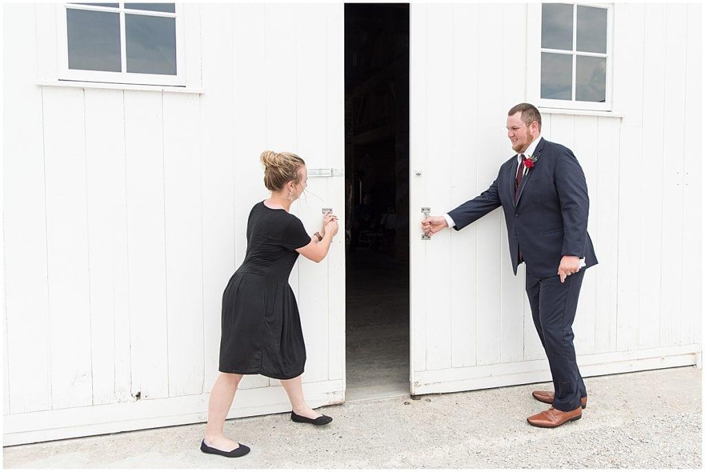 Victoria Rayburn and groomsmen closing doors