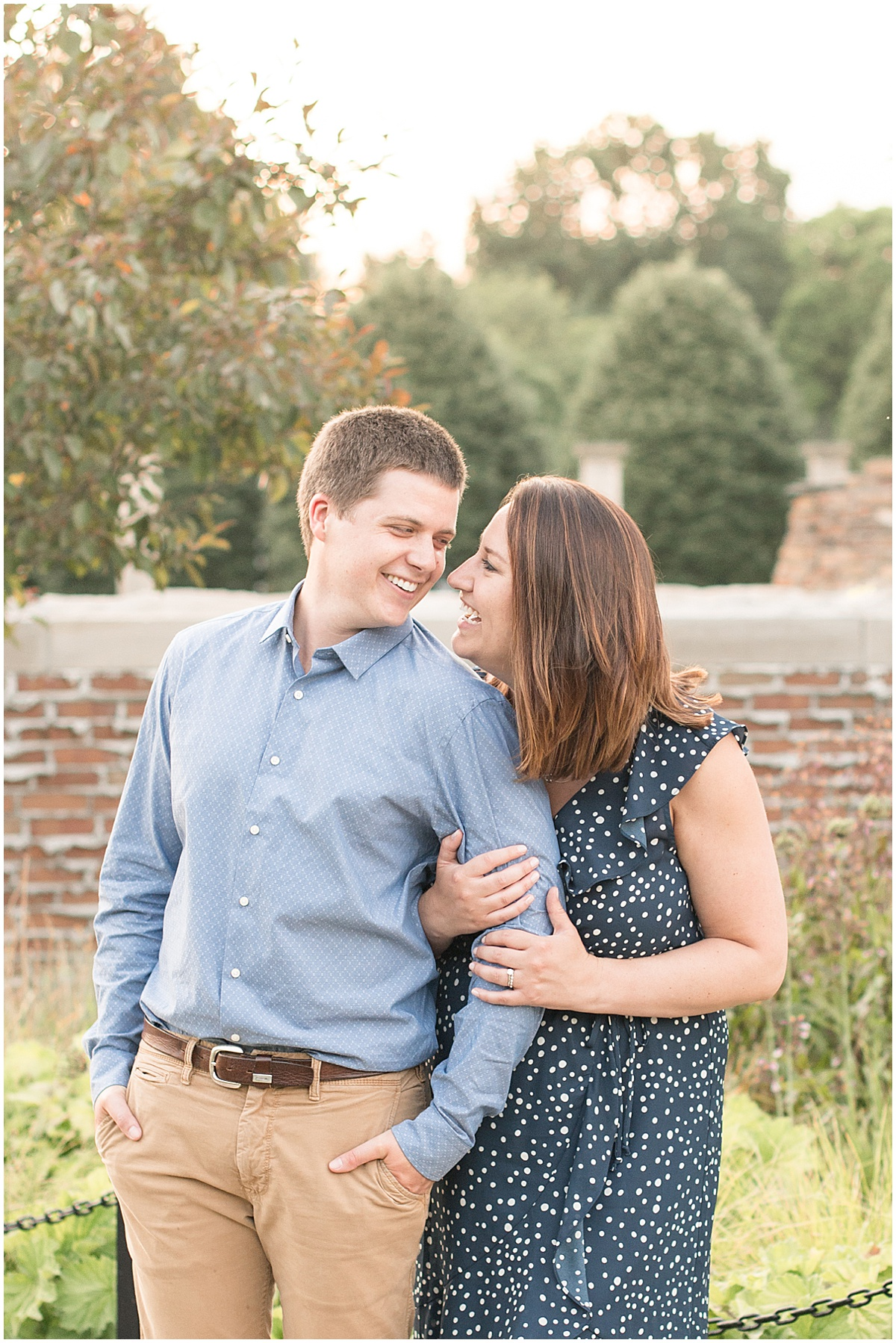 Anniversary photos at Holliday Park in Indianapolis