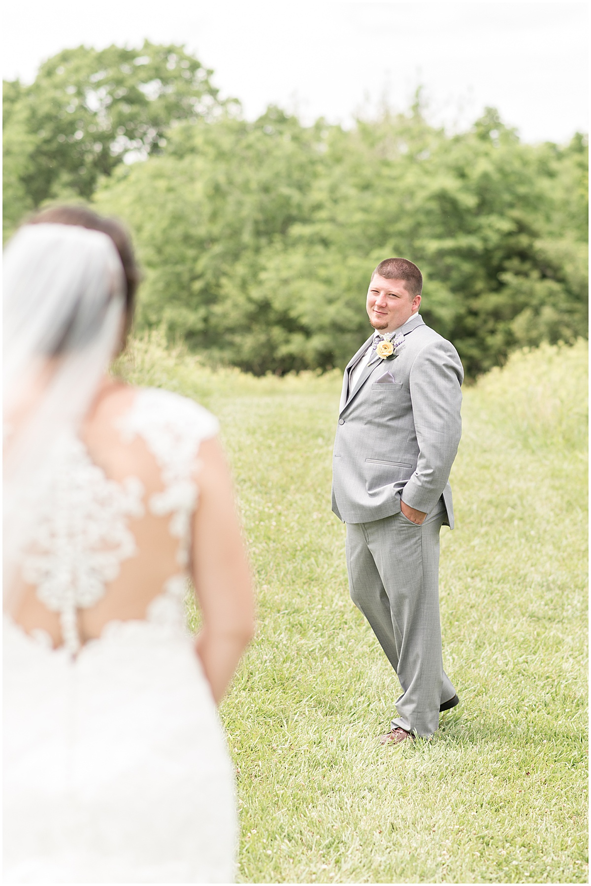 First look at wedding at Hunny Creek Haven in Waldron, Indiana