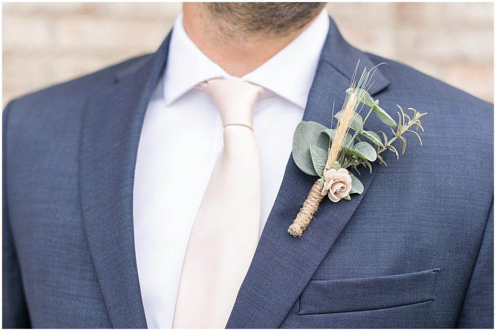 Groom outfit details for fall wedding