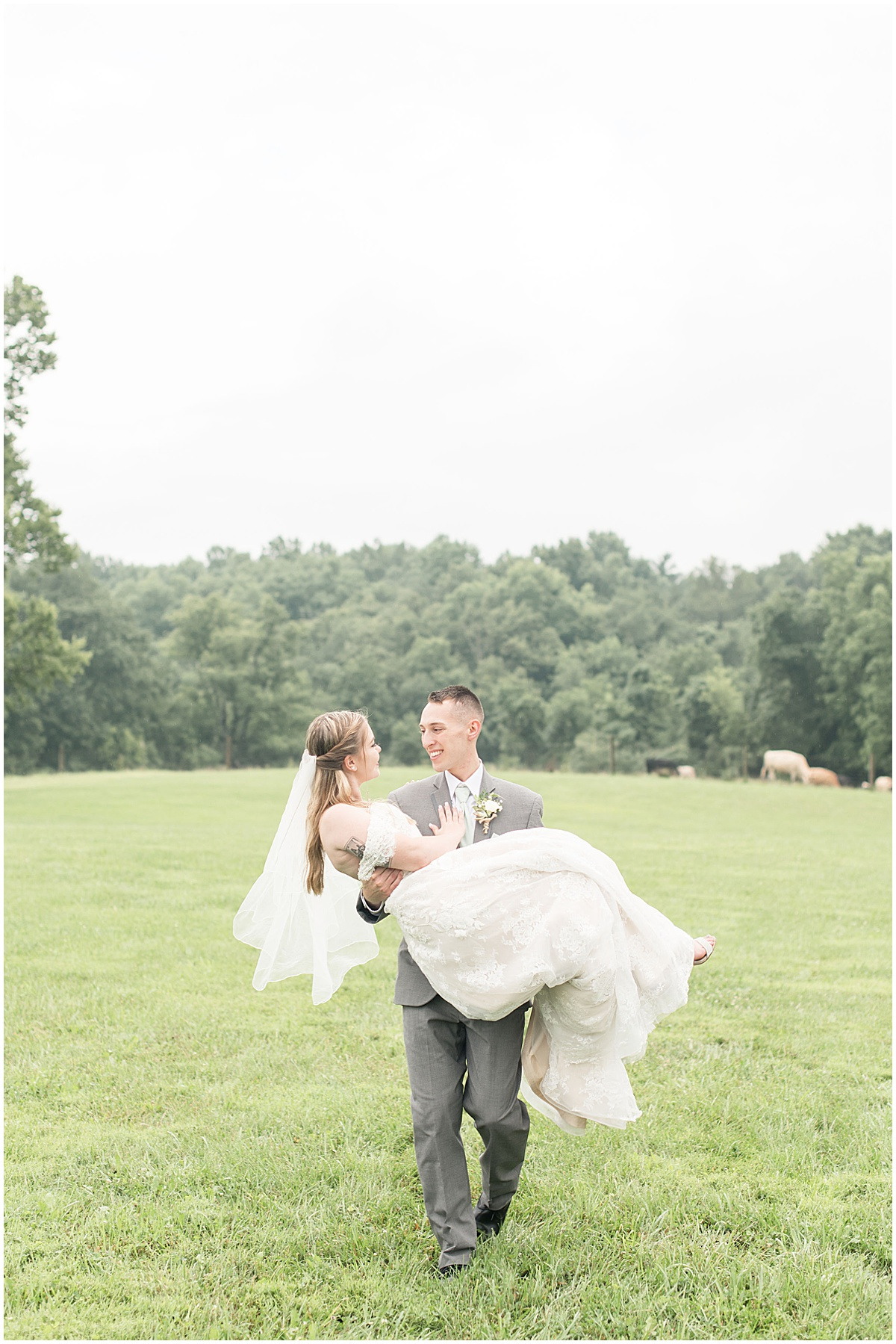 Reception after Whippoorwill Hill wedding in Bloomington, Indiana by Victoria Rayburn Photography