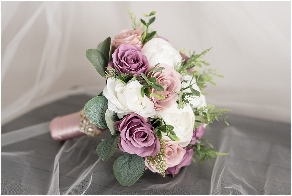 Bride's bouquet for at-home, socially distanced wedding in Tinley Park, Illinois