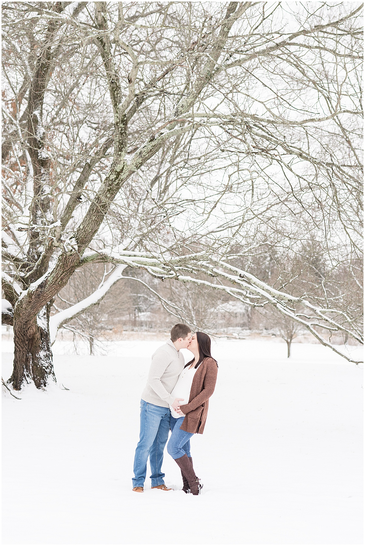 Holliday Park maternity photos in Indianapolis with snow