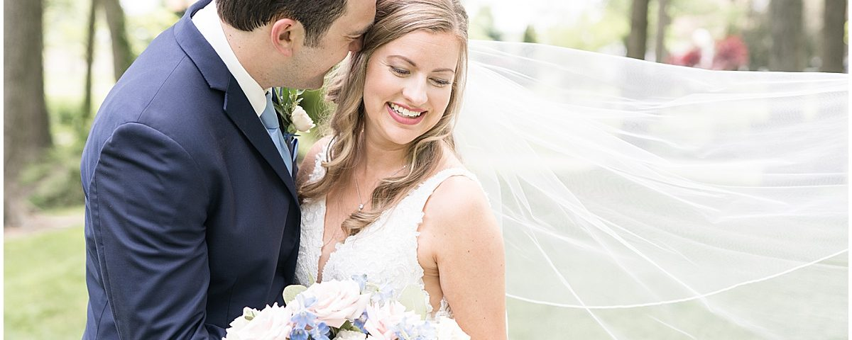 Bride and groom photos at Lizton Lodge Wedding in Lizton, Indiana