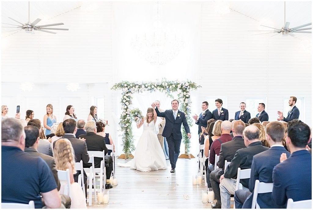 Wedding ceremony at Lizton Lodge Wedding in Lizton, Indiana
