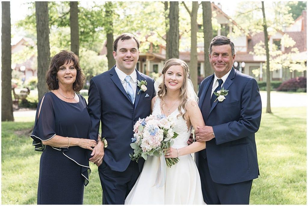 Family photos at Lizton Lodge Wedding in Lizton, Indiana