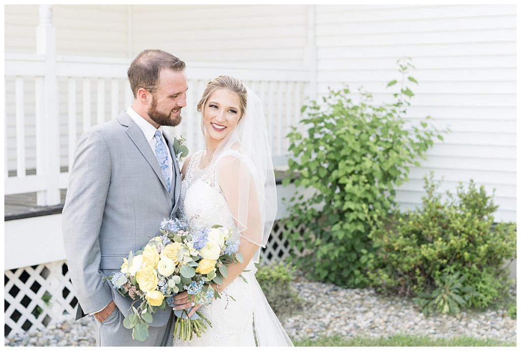 Just married photos at Gathering Acres wedding in Lafayette, Indiana