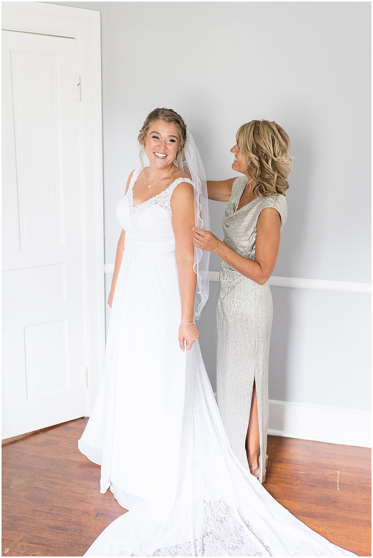 Bride getting ready for Hawk Point Acres Wedding in Anderson, Indiana