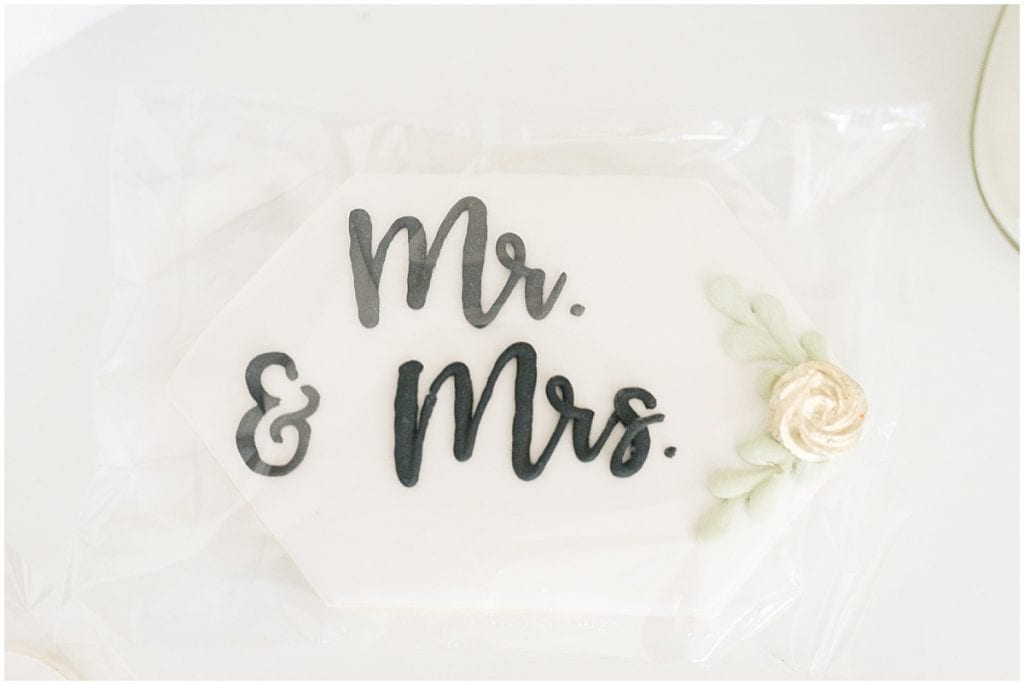 Sugar cookie included in Victoria Rayburn Photography's client welcome gift
