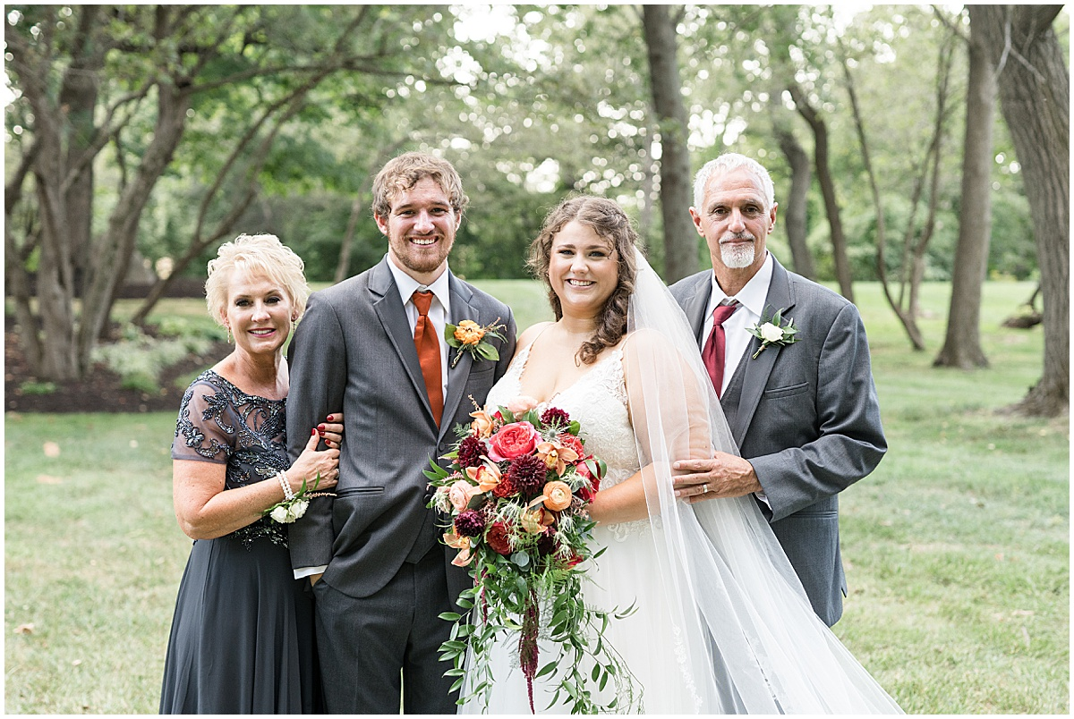 Family photos at outdoor private property wedding in Frankfort, Indiana by Victoria Rayburn Photography